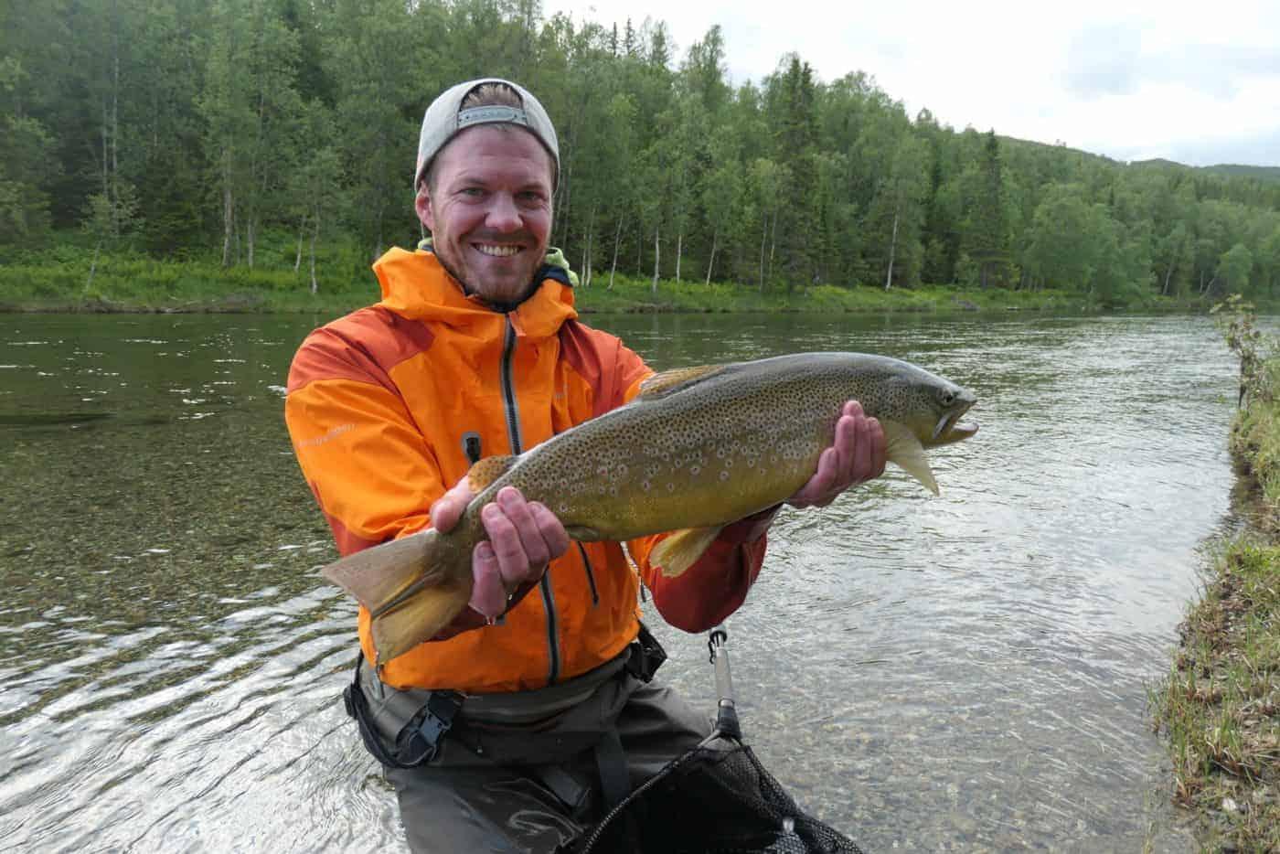 Grov fisk fra hemmeligstrekket i Nydelijohka? // Foto: EtterØrret